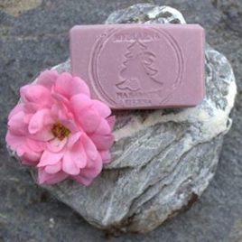 Přírodní mýdlo Hedvábná růže s včelím voskem